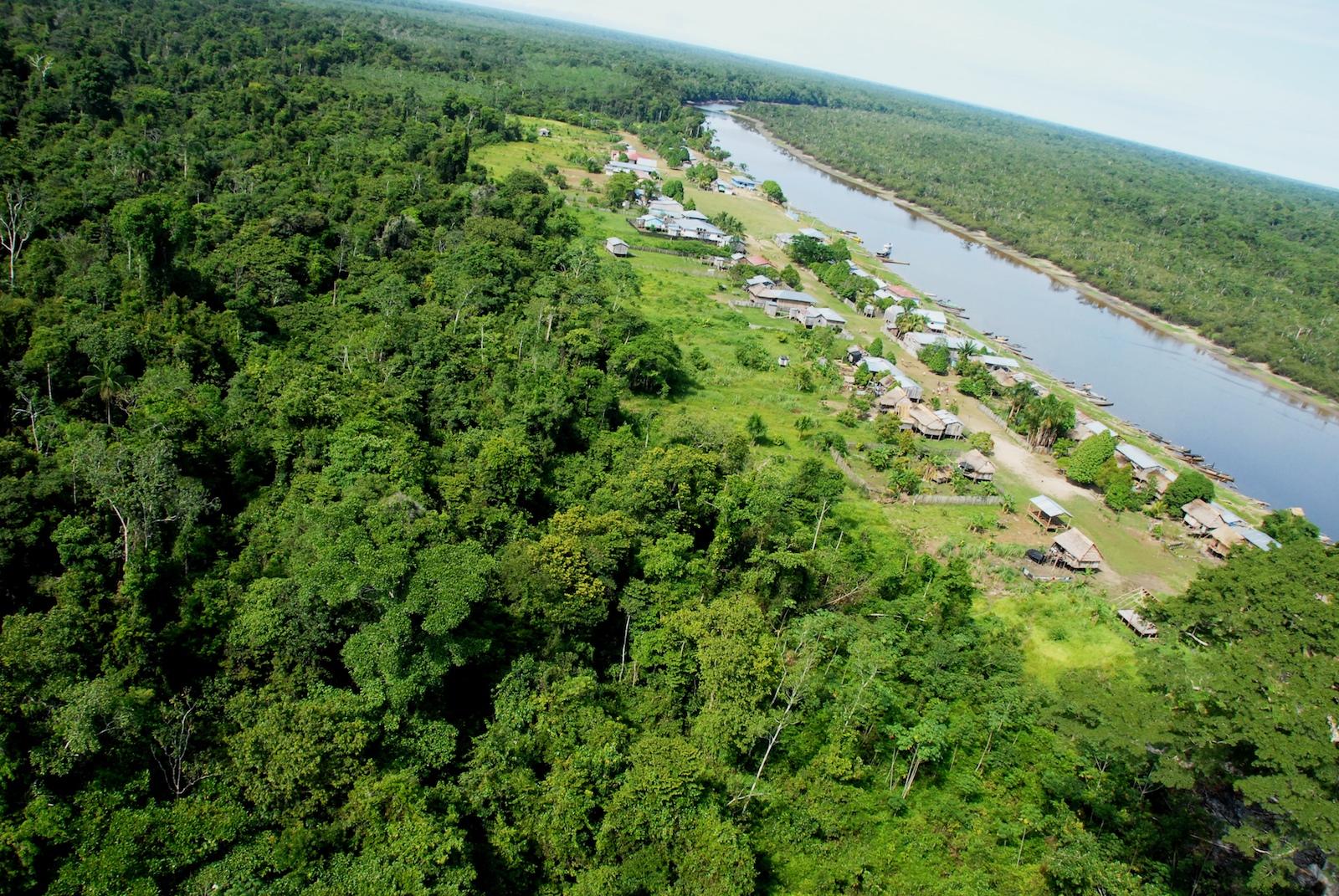 Un total de 29 comunidades están asentadas en los alrededores del Parque Nacional Yaguas. Foto: Álvaro del Campo.
